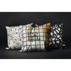 Throw pillows (25)